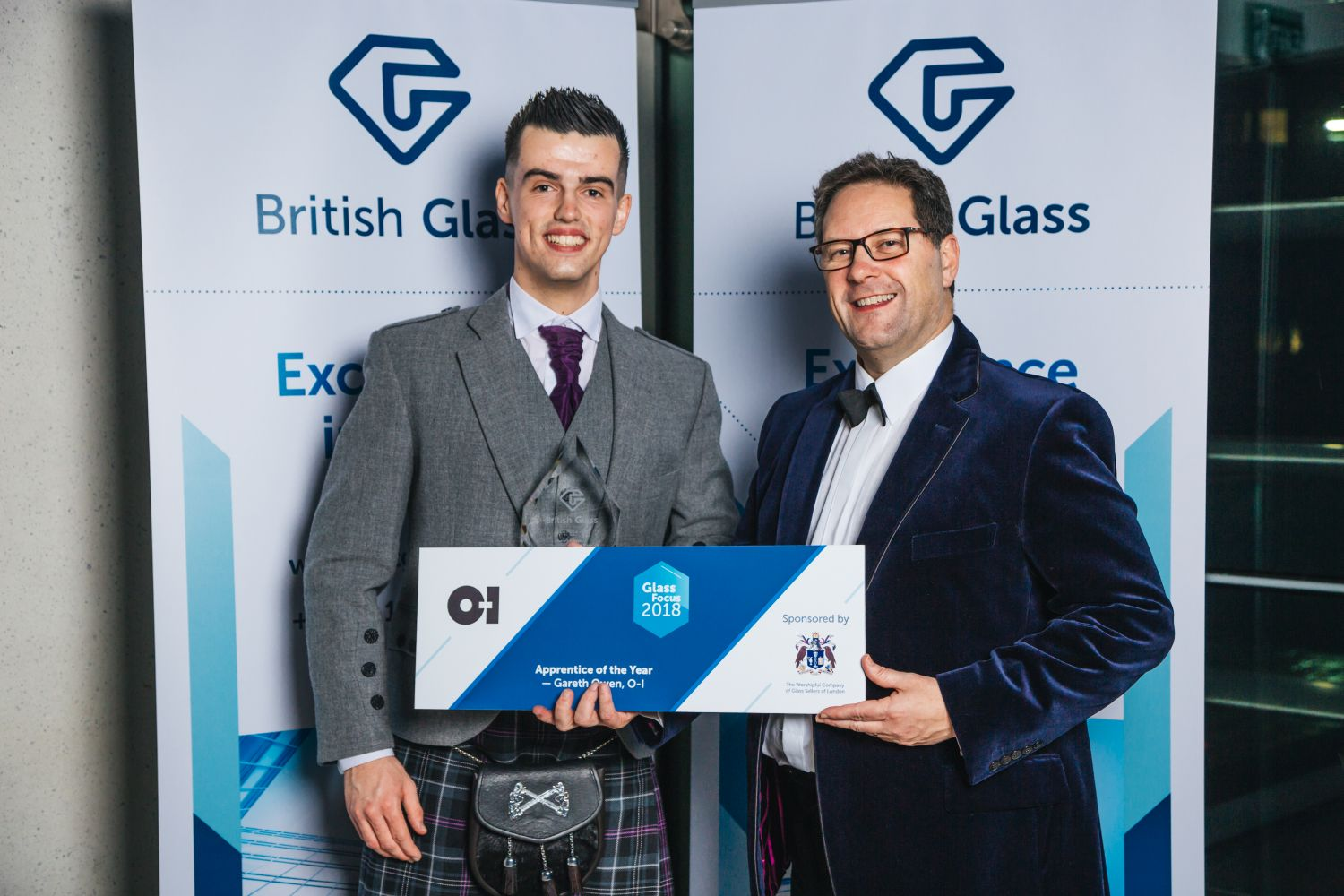Apprentice of the Year Gareth Owen of O-I and Mathew Demmon of the Glass Sellers of London